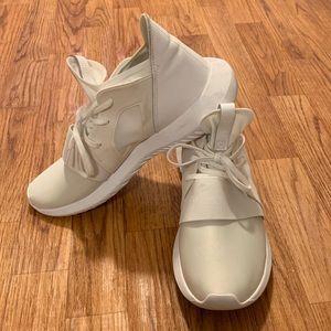 Adidas Tubular Defiant Sneaker -Women's size 10